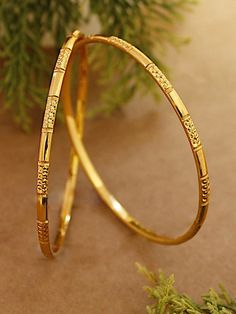 Avismaya Gold Plated Daily Use Thin Bangles – Jumkey Fashion Jewellery jewelry accessories from our store and get up to off. You will not find this rare jewelries in any other store, so grab this Limited Time Discount Now! Gold Chain Design, Gold Bangles Design, Gold Earrings Designs, Gold Jewellery Design, Fashion Jewellery, Handmade Jewellery, Plain Gold Bangles, Indian Gold Bangles, Gold Bangles For Women