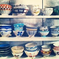 Love these I want to decorate all these bowls that ppl give me after moving into my first apartment
