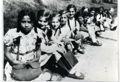 Sinti und Roma - Children in concentration camps Suddenly my mother saw a small Sinti boy of about five years of age bend down to pick up something he had dropped. At this moment, an SS man hit the boy on the head with his rifle butt and smashed in his skull. The SS man kicked the object which the child had bent down to pick up to the edge of the camp road. My mother could now see that it was a small teddy bear.