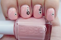 Pink nails with flower rhinestones