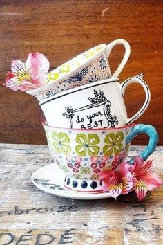 Crowned Leaf Mug by Molly Hatch | Pinned by topista.com