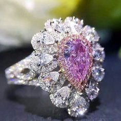 @civetta_rossa by @fusion_jewellery. Superlative pink and white diamonds ring. Exceptional colour. Most expensive jewel. Rare.