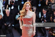Amy Adams attends the premiere of 'Nocturnal Animals' during the Venice Film Festival at Sala Grande on September 2016 in Venice, Italy. Amy Adams Enchanted, Actress Amy Adams, Gorgeous Redhead, Hollywood Celebrities, Female Celebrities, Beautiful Celebrities, Beautiful Women, Hollywood Stars, Beauty Women