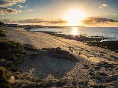 Coucher de soleil sur la presqu'île de Quiberon #AtlanticOcean #Borddemer #Bretagne #Britain #Coucherdesoleil #Europe #France #Landscape #Nature #Ocean #OceanAtlantique #Paysage #Quiberon #Sable #Sand #Seaside #Soleil #Sun #Sunset #Travel #Voyage #landscapes #paysages