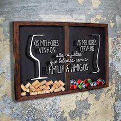 Quadro Rolhas/Tampinhas - Os Melhores... Home Crafts, Diy Home Decor, Diy And Crafts, Wine Decor, Diy Pallet Projects, Cafe Bar, Bars For Home, Sweet Home, Decoration