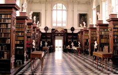 Biblioteca Wren - Las bibliotecas mas bonitas del mundo - Y también en Reino Unido, concretamente en la Universidad de Cambridge, se encuentra la biblioteca Wren, una de las más conocidas y mejor dotadas del país...
