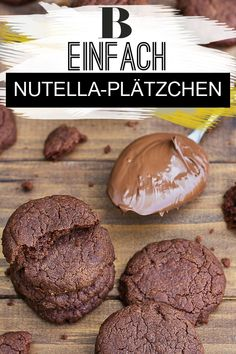 Nutella-Plätzchen - einfach und schnell Nutella cookies - quick and easy. Our delicious recipe for Nutella cookies is made in no time at all and only needs five ingredients - perfect when things have Easy Smoothie Recipes, Easy Smoothies, Cookie Recipes, Snack Recipes, Snacks, Biscuit Nutella, Nutella Cookies Easy, Ice Cream Recipes, Oreo