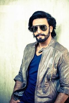4 Things Guys Absolutely Need to Pull of The Lumbersexual Look Bollywood Wallpaper, Hottest Guy Ever, Bollywood Outfits, Ranveer Singh, Ranbir Kapoor, Awesome Beards, Hot Actors, Bollywood Stars, Deepika Padukone