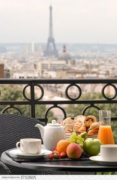 Breakfast in Paris - I want to be here with you...