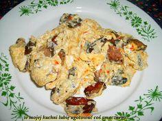 W Mojej Kuchni Lubię..: jajecznica na ostro...