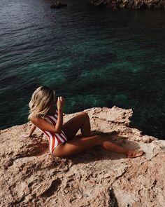 Beach days in Ibiza 🐚