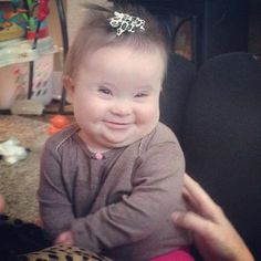Supporter of Down Syndrome. My heart just melted- I love the double chin smile… Precious Children, Beautiful Children, Beautiful Babies, Baby Kind, Baby Love, Little People, Little Ones, Funny Kids, Cute Kids