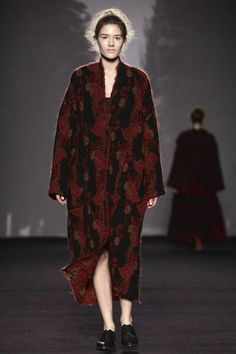 Uma Wang Ready To Wear Fall Winter 2014 Milan - NOWFASHION