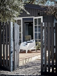 Nord House: a Scandinavian-style oasis on the Mornington Peninsula, Outdoor space Scandinavian Cottage, Scandinavian Style, Scandi Style, Outdoor Spaces, Outdoor Living, Outdoor Decor, Pergola, Beach Shack, Fence Gate