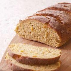 Il pane di mais, leggerissimo e sfizioso, è un'ottima alternativa al pane tradizionale fatto con la farina bianca