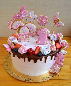 25 отметок «Нравится», 1 комментариев — Ирина Капитонова (@iren.cake) в Instagram: «Милый тортик на годовасие #тортбезмастики #тортбезмастикисмоленск #тортсмоленск #детскийторт…»