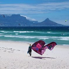 Walkin' off into the work day after my session is completed. In love with life. In love with my dice. In love with Cape Town. #capetown #kitesurf #digitalnomad