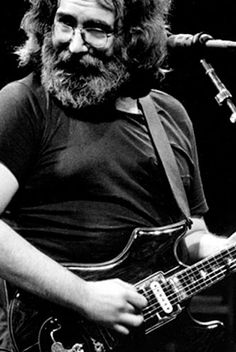 Jerry Garcia -this was about how he looked when I met him backstage during a concert at my university( I was on the hospitality committee of the Concert Commission).he was very spaced! But played great and was a very nice guy- that was spring Music Icon, My Music, Jerry Garcia Band, Happy Hippie, Band Photography, Concert Photography, Miles Davis, Forever Grateful, Band Photos