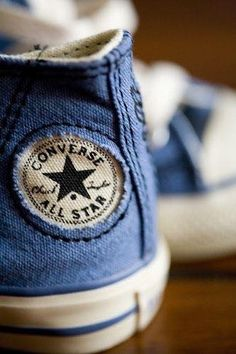 post on converse. founded in chuck taylor design. Converse All Star, Converse Bleu, Converse Sneakers, Cheap Converse, Converse Classic, Denim Converse, Love Blue, Blue And White, Blue Brown