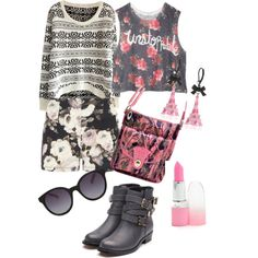 A fashion look from October 2014 featuring Dorothy Perkins shorts, Rupert Sanderson boots and Betsey Johnson earrings. Browse and shop related looks.