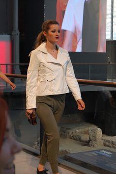 Desfile OscarLeon Modelo: Malena Costa