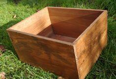 comment restaurer une malle ancienne en bois trouv e dans. Black Bedroom Furniture Sets. Home Design Ideas