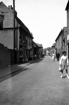Old Leigh c1932 Leigh On Sea, Old Photos, Seaside, Street View, Memories, Live, House, Ideas, Old Pictures