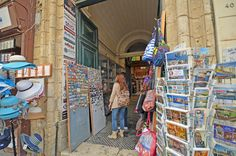 Looking for a souvenir for you... from Malta ;)  #Malta #shopping #travelling #Tomasinternational