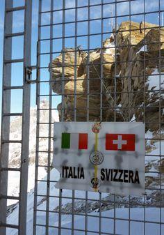 Passiamo in Svizzera dal Plateau Rosa, quota 3480 metri s.l.m.  #experiaitalia #raiexpo #padiglioneitalia #politecnicodimilano #expo2015 #viaggio #italia