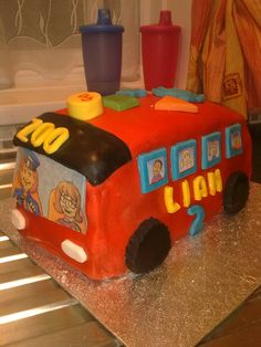 Liam's birthday cake - VTech bus copied from his favourite toy. 2 Birthday Cake, Birthday Party Themes, Your Child, Cakes, Toys, Pastries, Torte, Gaming, Cake