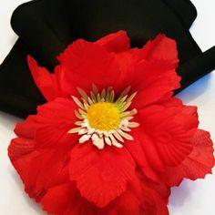Desfile de novos #portaguardanapo ...  Idealizamos e produzimos capa para sousplat,  guardanapo, porta guardanapo, trilhos de mesa, toalhas de mesa, arranjo floral,  capa para almofada, jogo americano, cestinhas, cortinas,  capa para puff
