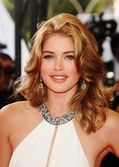 Doutzen Kroes Hollywood Actress Galleries HOLLYWOOD ACTRESS GALLERIES |  #ENTERTAINMENT #EDUCRATSWEB | In this article, you can see photos & images. Moreover, you can see new wallpapers, pics, images, and pictures for free download. On top of that, you can see other  pictures & photos for download. For more images visit my website and download photos.