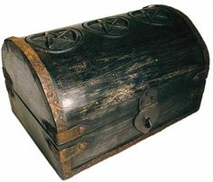 """NEW Pentagram Carved Wooden Box 5x7/"""" Lined Wooden Pentacle Trinket Chest"""