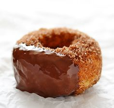 Churro Doughnuts - baked no-knead donuts with taste of churros and less fat. Bingo! - by kitchennostalgia.com