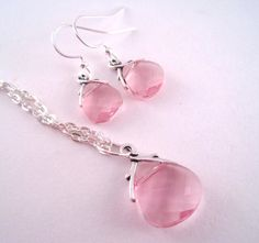 Pink Necklace and Earring Set  Swarovski by Sparkleandswirl ✿ ✿