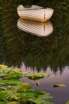 Reflection of boat on a lake. Image Beautiful, Beautiful World, Beautiful Places, Beautiful Pictures, Wonderful Places, Simply Beautiful, Absolutely Stunning, Reflection Photography, Amazing Photography