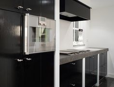 keuken zwart / aanrechtblad grijs