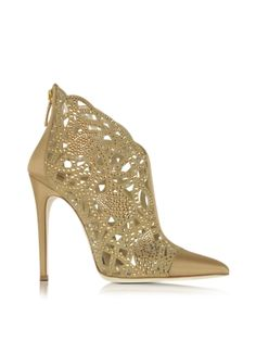 Loriblu Golden Satin and Jewel Bootie - Mammypi Loriblu Golden Satin and Jewel Bootie Source You are Bridal Shoes, Wedding Shoes, Dress Shoes, Shoes Heels, Fab Shoes, Shoes Style, Bootie Boots, Ankle Boots, Gold Boots