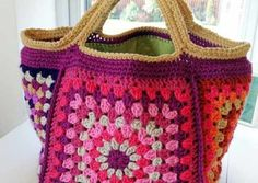 Chunky Retro Granny Square Crochet Bag Free Pattern