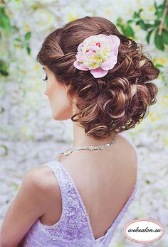 messy updo bridal hairstyle with pastel flower - Deer Pearl Flowers
