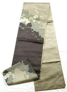 Contemporary fukuro obi with ivy pattern.