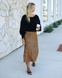 """9e2d1374b952 Anouk Yve on Instagram  """"Most talked about  skirt in town  🐆 andotherstories"""""""