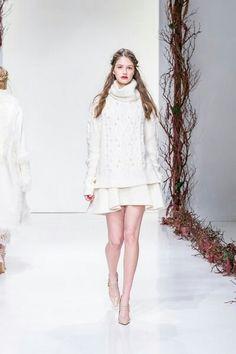 Article from Vogue Magazine     Rachel Zoe Fall 2016 RTW Fashion show