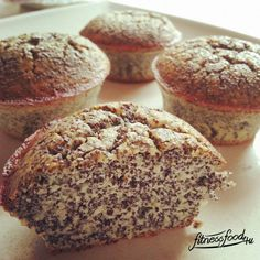 Low Carb Mohn Muffins