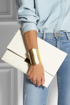Kenneth Jay Lane | Hammered gold-plated cuff | NET-A-PORTER.COM