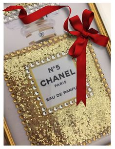 GORGEOUS MIRROR FRAMED CHANEL no 5 PERFUME BLING GOLD GLITTER ART VANITY PRINT