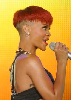 Rihanna Shaved Head Hairstyle - Rihanna's Short Haircuts: Best Styles Over the Years