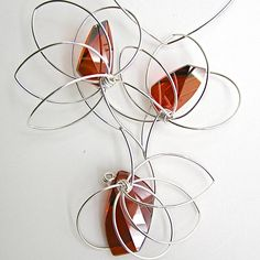 Get inspired by amazing jewelry projects on Craftsy! - Page 7 Jewelry Boards, Metal Jewelry, Beaded Jewelry, Jewellery, Jewelry Necklaces, Bracelets, Jewelry Crafts, Jewelry Ideas, Wire Weaving