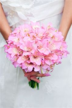 Large bridal bouquet of light pink flowers