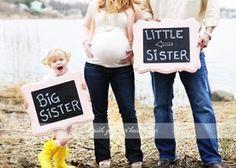 Babybauchfoto mit Geschwister